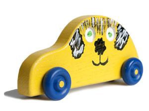 yellow_dog_car